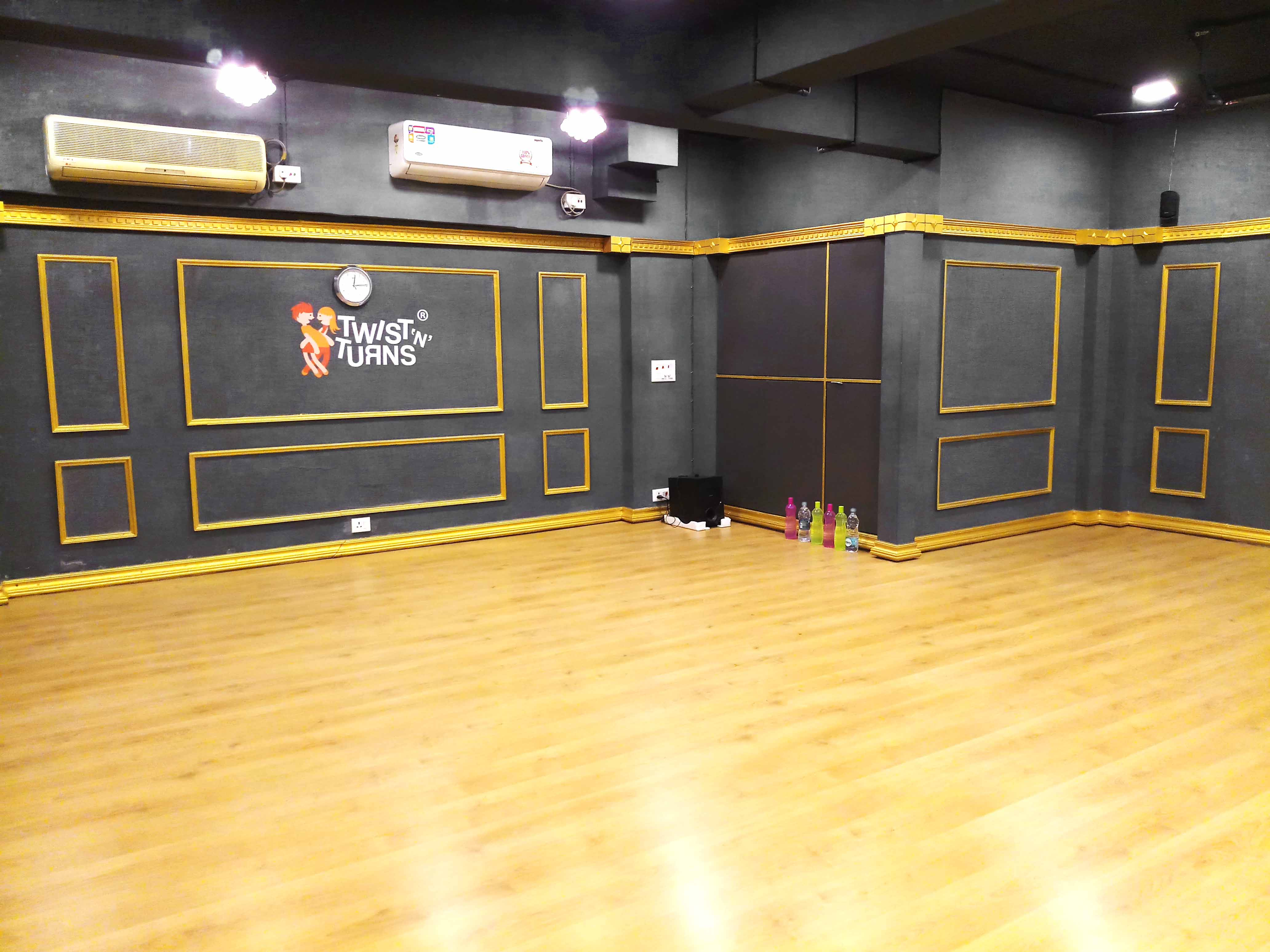 Twist N Turns New Alipore Studio 2